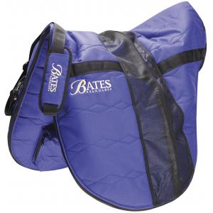 Bates draagtas voor een zadel